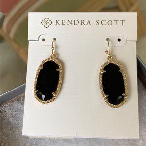 NWT black Kendra scot earrings
